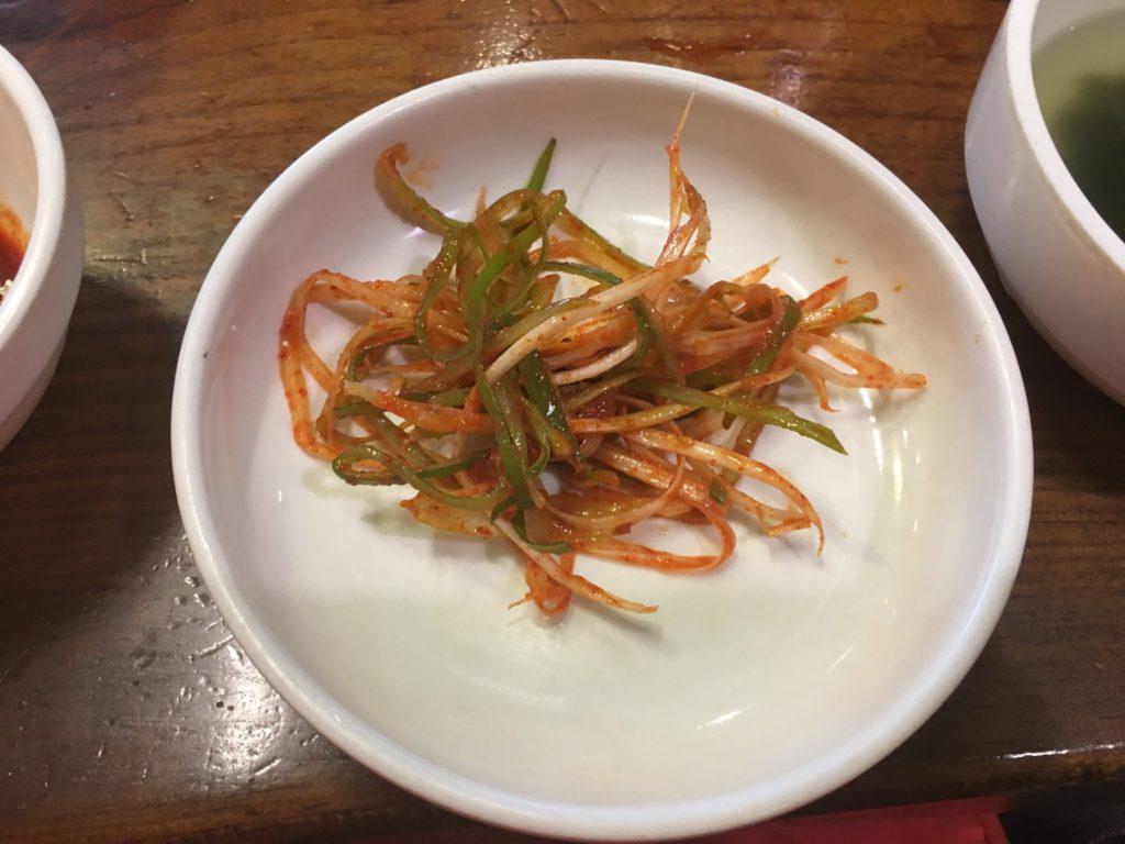 セマウル食堂の辛い野菜