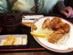 帯広市我逢亭のソースカツ丼